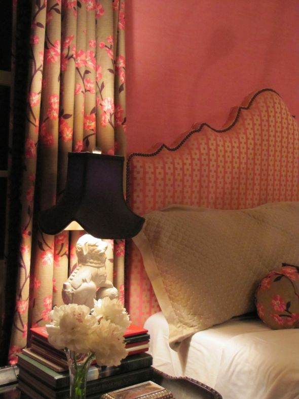 Chinoiserie bedroom makeover for a young twenty something - Bedroom ideas for twenty somethings ...